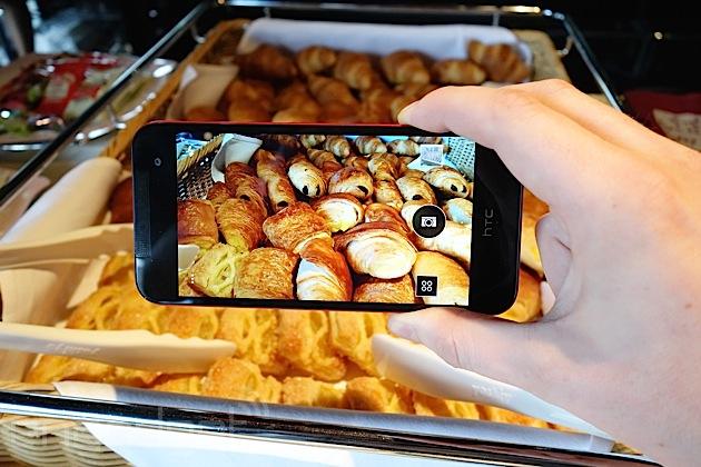 HTC Butterfly 2 camera