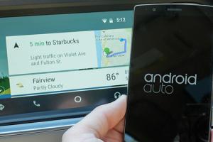 Android Auto poate rula acum direct de pe telefon sub forma de aplicatie