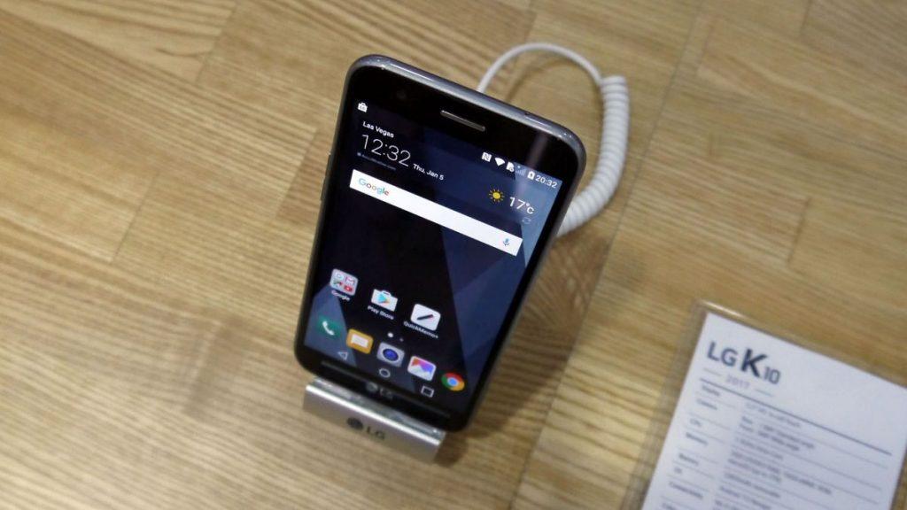 LG K10 2017 lansare, review si pret