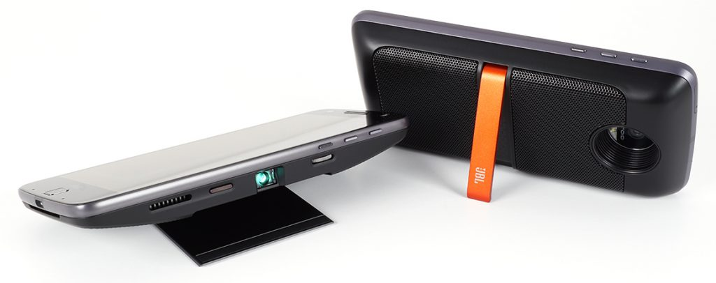 Motorola Moto Z - projector