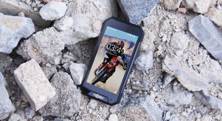 Nomu S30 Mini smartphone rugged certificat IP 68 cu Android Nougat pur si 3GB RAM