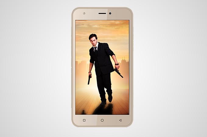 Intex Aqua Note smartphone 4G cu Android Nougat la un pret excelent