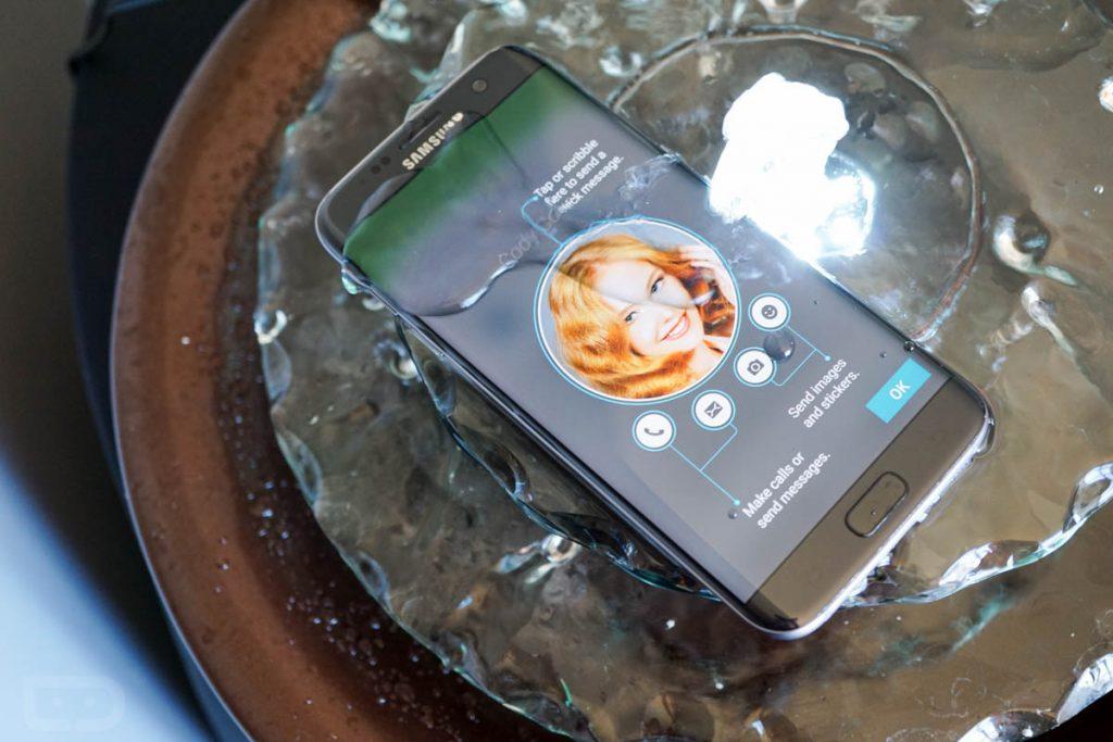 Galaxy S7 rezistent la apa ip68