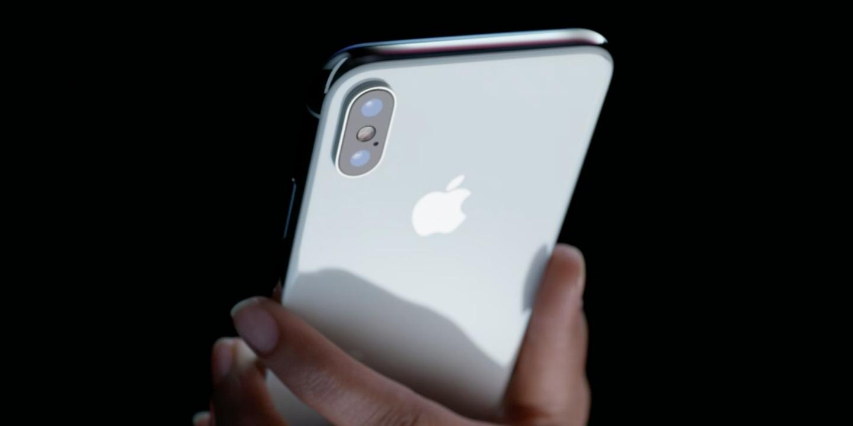 Apple ar urma sa reduca productia de iPhone X la jumatate
