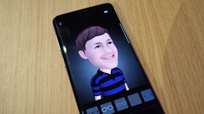 AR-Emoji-Galaxy-S9
