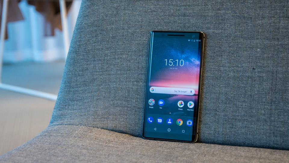 Nokia-8-Sirocco-pret
