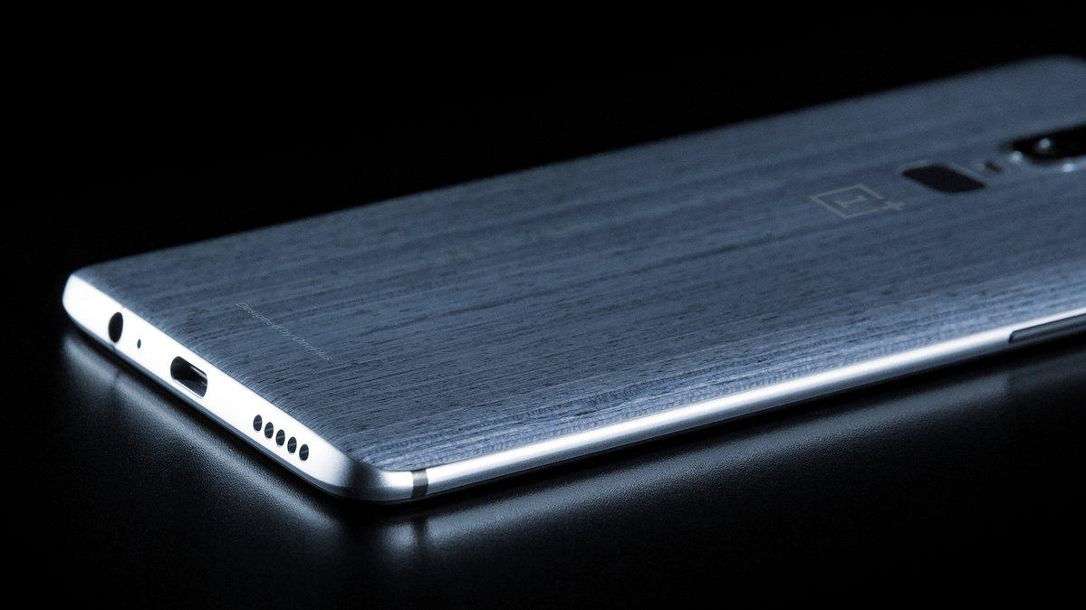 cum va arata OnePlus 6
