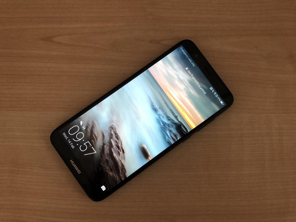 motive pentru care merita sa cumperi Huawei P Smart
