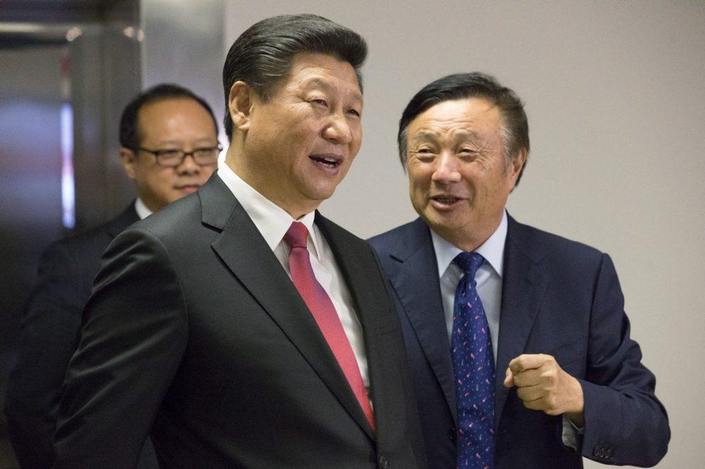 Presedintele Chinei, Xi Jinping alaturi de Ren Zghenfei, CEO si fondator al Huawei