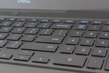 Laptop Gaming Dell Inspiron G3 3590 cu procesor Intel Core i5-9300H tastatura